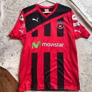 NWOT Puma Costa Rica soccer jersey. Never worn.